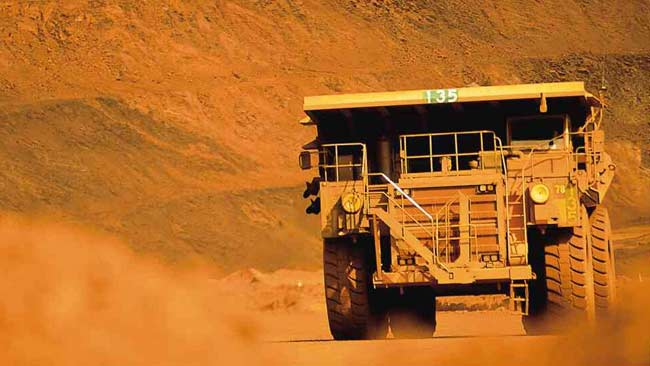 685718-mining-truck